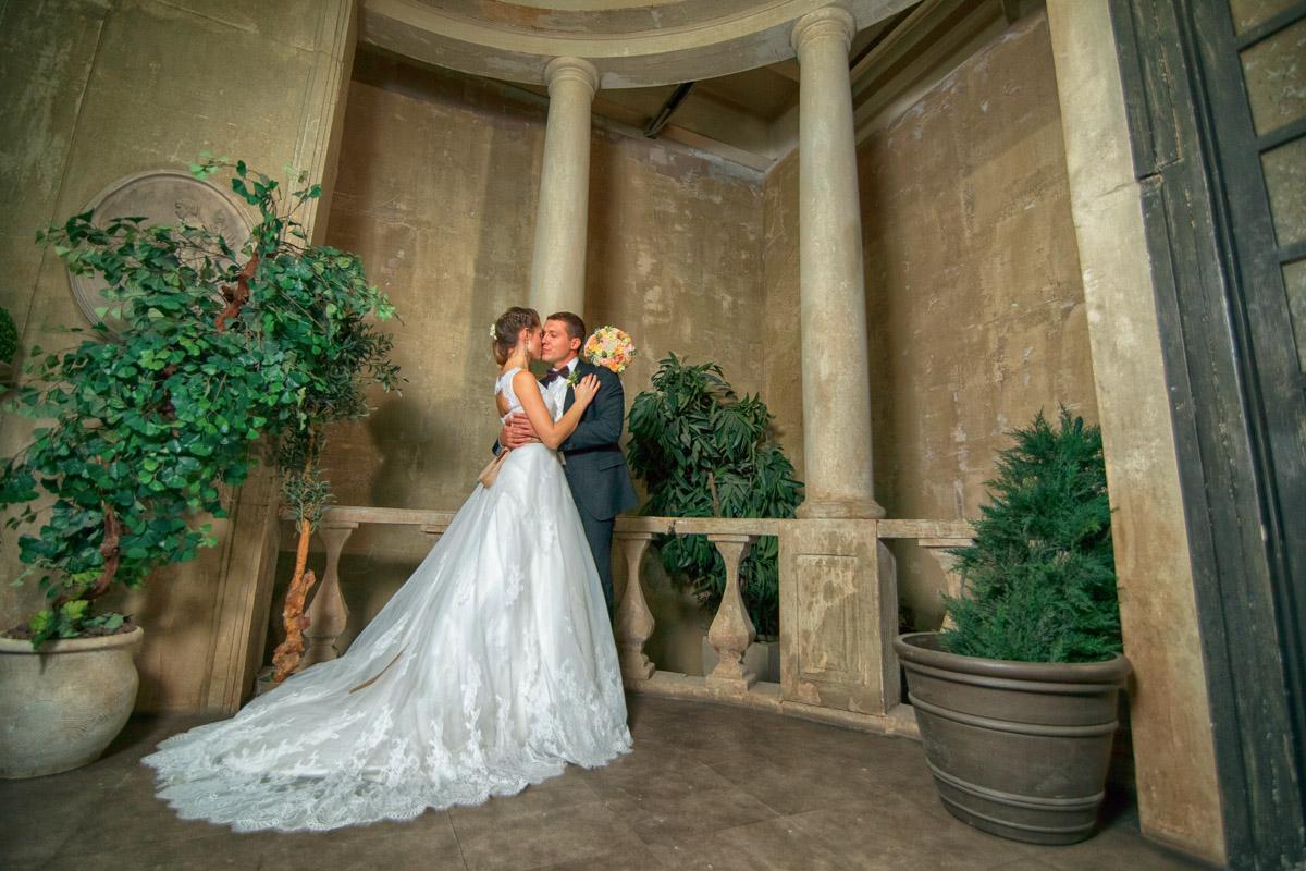 это крытые помещения для свадебной фотосессии в москве почему-то